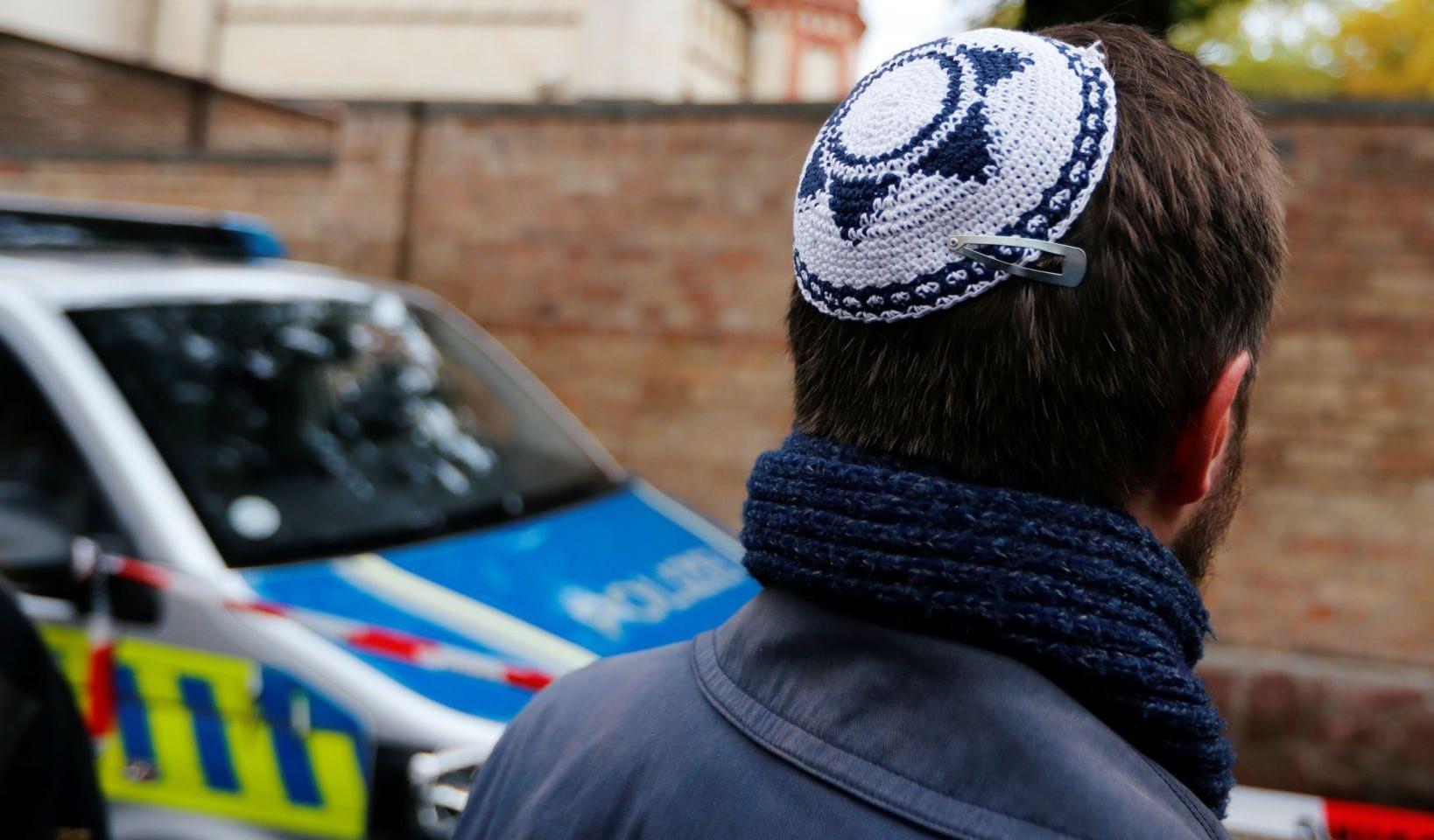Aanslag op synagoge tijdens Grote Verzoendag